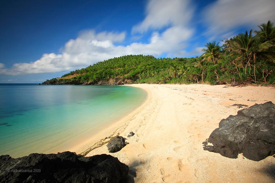 Tunggo Beach - Sibale Island